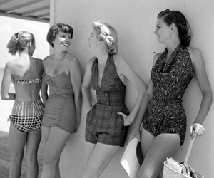 50s and vintage fashion image