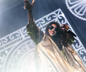 gold, m.i.a, and M.I.A. image