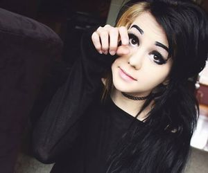 alt girl, black hair, and Plugs image