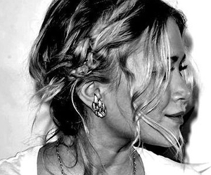 ashley olsen, hairstyle, and hairstylist image