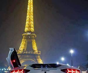 amazing car eiffel tower image
