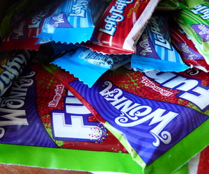 candy, sweets, and Willy Wonka image