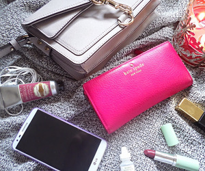 what's in my bag image