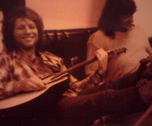 guitar, bon jovi, and jon bon jovi image