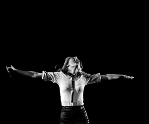 black and white, Taylor Swift, and b&w image