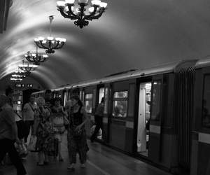 metro, b&w, and black and white image