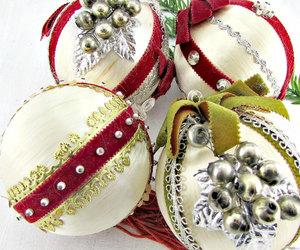 christmas tree ornaments, sating ball ornaments, and grape christmas ornaments image