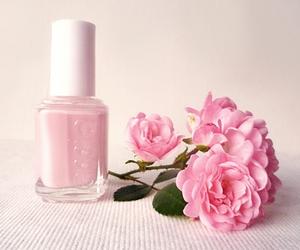 essie, nailpolish, and rose image