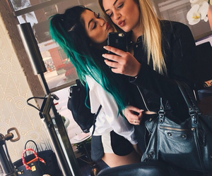 kylie jenner, hair, and friends image