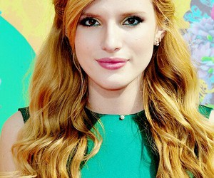 girl and bella thorne image