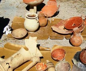 google and @arts & archeology image
