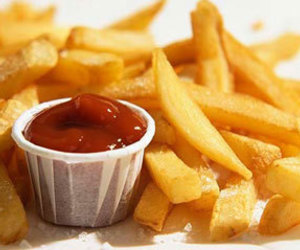 food, delicious, and ketchup image