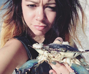 crab, singer, and tay jardine image