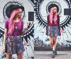 alt girl, pink hair, and dyed hair image