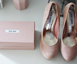fashion, miu miu, and pink image