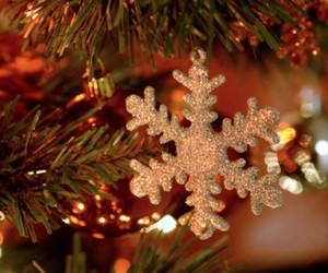 christmas, christmas tree, and snowflake image