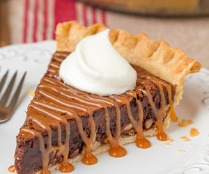 food, caramel, and pie image