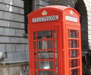 london and telephone cabin image