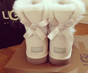 beige, shoes, and ugg image