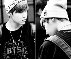 bonnet, boy, and kpop image