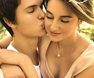 Shailene Woodley, cutee, and kiss image