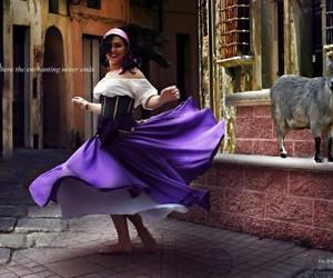 disney, esmeralda, and el jorobado de notre dame image
