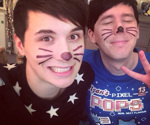 danisnotonfire, amazingphil, and dan howell image