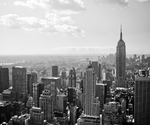 black and white, ciudad, and new york image