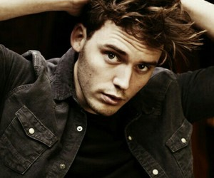 sam claflin, finnick odair, and Hot image