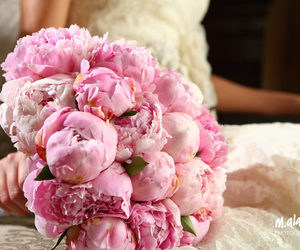 beautiful, blair waldorf, and bouquet image
