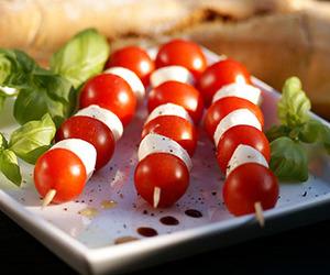 bites, food, and mozzarella image