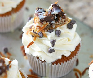 chocolate, cupcakes, and desserts image