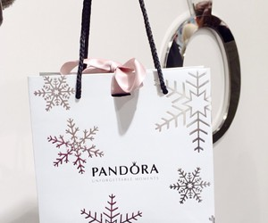 pandora, christmas, and fashion image