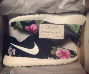floral, grunge, and nike image