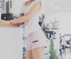 cafe, girl, and kfashion image