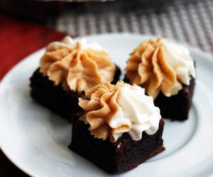 brownies, chocolate, and marshmallow image