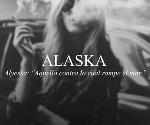 book, looking for alaska, and texto image