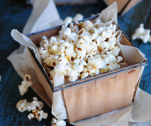 food, popcorn, and yummy image