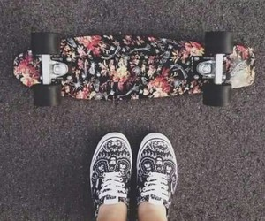shoes, skate, and vans image