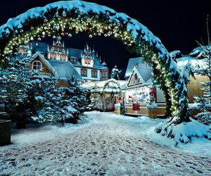 christmas, cozy, and snow image