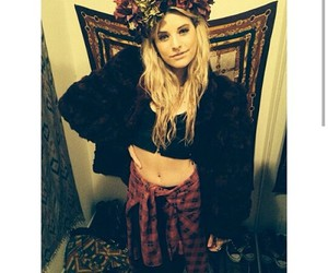fashion, hair, and juliet simms image