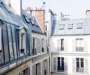 house and paris image