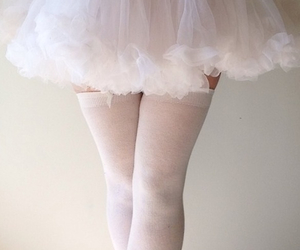 pale, skirt, and cute image