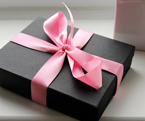 gift, pink, and present image