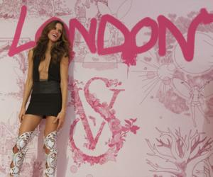 fashion show, Izabel Goulart, and london image