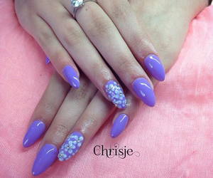 3d, diamonds, and nails image