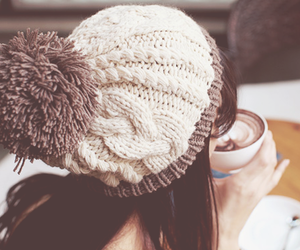 beanie, london, and winter image
