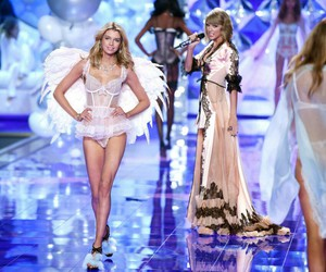 Taylor Swift and vsfs 2014 image