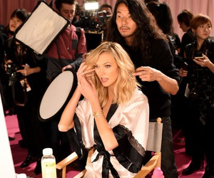 Karlie Kloss and Victoria's Secret image