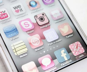 iphone, pink, and cocoppa image